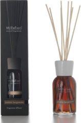Bruine Millefiori Milano Natural geurstokjes Sandalo Bergamotto 100 ml