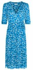 Fabienne chapot gebloemde wikkeljurk melissa van gerecycled polyester blauw