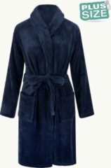 Marineblauwe Relax Company Grote maten badjas unisex - sjaalkraag badjas van fleece - Plus size - marine blauw 3X/4XL