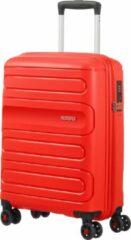Rode American Tourister Sunside Spinner Handbagage koffer 55 cm - Sunset Red