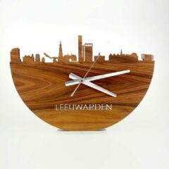 Bruine WoodWideCities Skyline Klok Leeuwarden Eikenhout - Ø 40 cm - Woondecoratie - Wand decoratie woonkamer