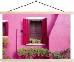 TextilePosters Bloempotten met harten in een raam met roze luiken textielposter latten blank 60x40 cm - Foto print op schoolplaat (wanddecoratie woonkamer/slaapkamer)