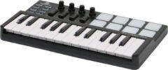 Duik in de wereld van muziekproductie met de voordelige controllers van Devine, zoals deze EZ-Creator Plus. Een lekker compleet keyboardje met alle relevante bedieningselementen, en zelfs met meegeleverde DAW-software!