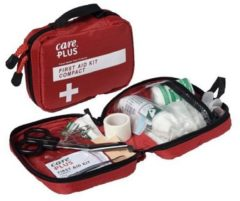 Care Plus - First Aid Kit Compact - Eerste-Hulpset maat One Size rood
