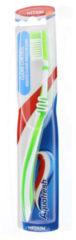 4x Aquafresh Tandenborstel Clean Control Medium