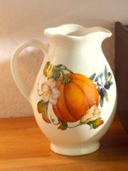 Nostalgischer Krug mit Kürbisdekor Nuova Ceramica Artisan mehrfarbig