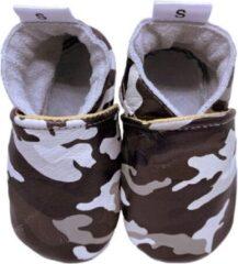 Beige Babysteps leren babyslofjes met camouflageprint