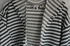Merkenloos Badjas/Kimono Zwart-Wit gestreept met Capuchon (S/M)