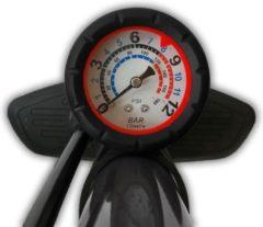 Zwarte Discountershop Fietspomp met drukmeter 12 Bar | Inclusief Adapters Voor Verschillende Ventielen | Bike Pump | FietsPomp - Staande fietspomp
