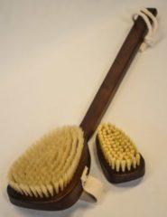 Donkerbruine Valeria Serratura Luxe badborstel van walnoothout met bijbehorende nagelborstel