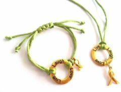Jewellicious Designs Laugh Live Love ketting & armband goud met olijfgroen glanzend koord voor Pink Ribbon