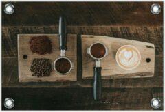 Bruine KuijsFotoprint Tuinposter –Gemalen Koffiebonen en Koffie op een Plankje– 120x80 Foto op Tuinposter (wanddecoratie voor buiten en binnen)