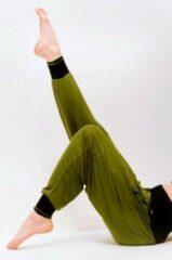 Yogi Tea Yogabroek Vinayasa Olijfgroen-Zwart M-L