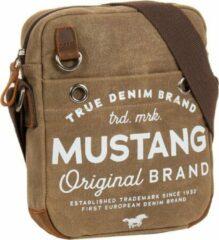 Mustang® Genua Schoudertas - Crossbodytas heavy waxed - Bruin