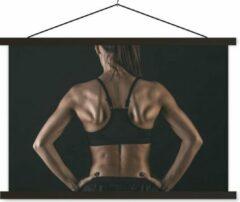 TextilePosters De rug en schouders van een vrouw die duidelijk aan fitness doet schoolplaat platte latten zwart 120x80 cm - Foto print op textielposter (wanddecoratie woonkamer/slaapkamer)