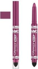 Roze Catrice NYC City proof matte lipstick 100 Nude Pink