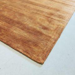 Interieur05 (nieuwe) Vloerkleed Viscose Silk Roest-[Afmetingen:200 x 290 cm]-[Afmetingen:200 x 290 cm - (L)]
