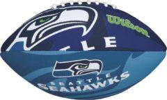 Wilson american football NFL Team Logo junior rubber donkerblauw/zwart
