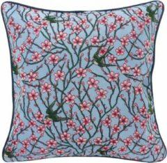 Blauwe Signare Kunst kussenhoes - Blossom and Swallow - Bloesem en Zwaluw - Walter Crane