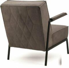Fauteuil Wiebe, Fauteuil Eleonora, Lederen fauteuil, Armfauteuil, Industriële fauteuil, Fauteuil met houten armleuning, Taupe lederen fauteuil
