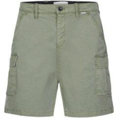 Groene Korte Broek Calvin Klein Jeans K10K105316