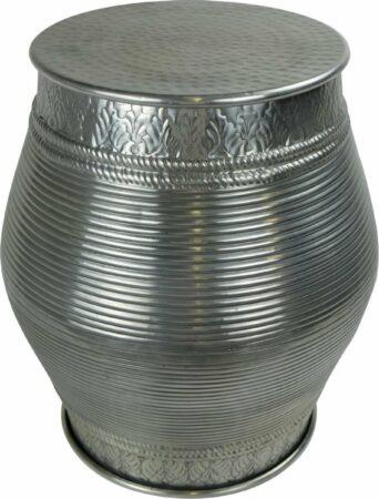 Afbeelding van Grijze Fine Asianliving Indische Salontafel Metaal Handgesneden 30x30x47cm Handgemaakt in India Chinese Meubels Oosterse Kast