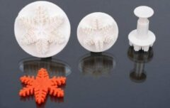 Witte Sweet Choice Bakvormen Snowflake, set 3pcs, 2,5/4/5,5cm 10002150