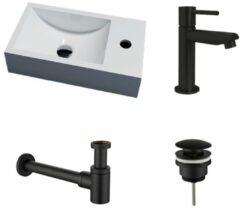 Lambini Designs Recto solid surface fonteinset rechts met zwarte kraan