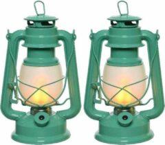 Set van 2 turquoise blauwe LED licht stormlantaarns 24 cm met vlam effect - Campinglamp/campinglicht - Vuur LED lamp