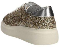 Gouden Lage Sneakers Docksteps DSE103262