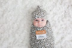 Bruine Lulujo cadeau set Hello World Swaddle & Hat - Leopard