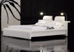 Cats Collection Design Lederbett 160 x 200cm weiß mit LED Beleuchtung