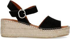 Manfield - Dames - Zwarte suède sandalen met sleehak - Maat 40