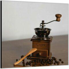 Bruine KuijsFotoprint Dibond –Oude Koffiemaler met Koffiebonen – 80x80 Foto op Aluminium (Wanddecoratie van metaal)