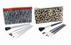 Rode Touch Of Beauty Make up kwasten set met etui - Make-up borstels - Make-up kwastjes - Opmaak kwasten - Make-up set incl. etui