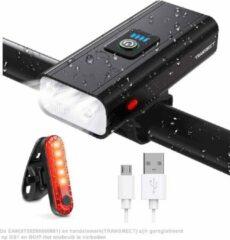 TRANSNECT Fietsverlichting USB oplaadbaar - 800 Lumen - 1800mAh Lithium Battery - IPX4 - LED verlichting - Voor en Achter - Waterdicht - LED power indicator - Inclusief 2 Battery, USB Kabel en Siliconen Bevestigingsriemen - Wit & Rood
