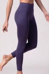 Paarse REVIVE Sportswear Duurzame REVIVE seamless en high-waist yoga - sportlegging CASTELO