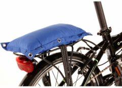 Blauwe Niet Verkeerd Fat bagagedrager kussen blauw 35 x 18 x 6 cm