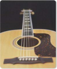MousePadParadise Muismat Akoestische gitaar - Een liggende akoestische gitaar muismat rubber - 19x23 cm - Muismat met foto