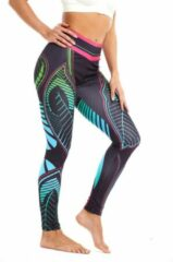 Ultimate Fit - Sportlegging, yoga legging in decoratief blad print design. Zwart, roze, groen en blauw