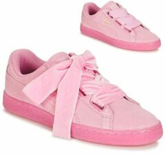 Roze Sneakers Suede Heart Reset Wn's by Puma