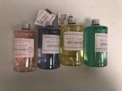 Merkloos / Sans marque 4 flessen - handzeep geur