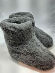 Geen merknaam Schapenwollen sloffen grijs maat 40 100% natuurproduct comfortabele nieuwe luxe sloffen direct leverbaar handgemaakt
