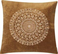 Linen & More Preston velvet donkercamel Kussen 60 x 60 cm