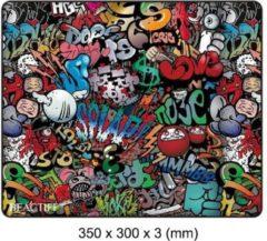 Muismat Gaming XXL 35x30cm bureau onderlegger | Gaming Muismat | Mousepad | Pro Muismat XXL | Anti-slip | Desktop Mat | Computer Mat | Grafitti Art Edition uitvoering, motief , merk Beactiff