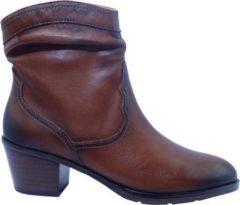 Bruine Boots en enkellaarsjes CUENCA W4T-8810 by Pikolinos