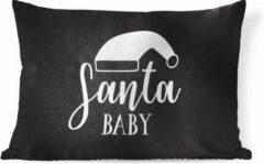 PillowMonkey Sierkussen Kerst Quotes voor binnen - Kerst quote Santa Baby met een zwarte achtergrond - 60x40 cm - rechthoekig binnenkussen van katoen