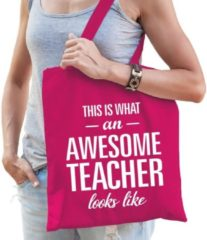 Shoppartners KadotasThis is what an awesome teacher looks like fuchsia roze katoen - Meester / juffendag einde schooljaar cadeau