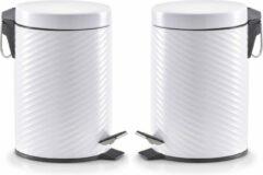 2x Witte vuilnisbakken/pedaalemmers met groeven 3 liter - Zeller - Huishouding - Badkameraccessoires/benodigdheden - Toiletaccessoires/benodigdheden - Kleine prullenbakken