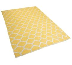 Beliani Tweezijdig tapijt in Marokkaanse Ooge-print geel 140 x 200 cm AKSU